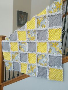 Gray and yellow rag quilt 2019 Gray and yellow rag quilt The post Gray and yellow rag quilt 2019 appeared first on Quilt Decor. Baby Rag Quilts, Flannel Rag Quilts, Scrappy Quilts, Easy Quilts, Rag Quilt Patterns, Homemade Quilts, Homemade Blankets, Yellow Quilts, Crochet Quilt