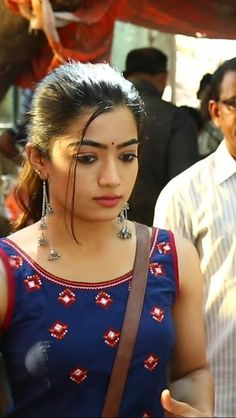 Beautiful Girl Indian, Most Beautiful Indian Actress, Beautiful Actresses, Dehati Girl Photo, Girl Photo Gallery, Beauty Full Girl, Beauty Women, Cute Girl Face, Stylish Girl Images