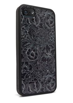 """I'm not usually attracted to iFrogz products but the pattern on this back & Side cover is very nice, """"Mix Case""""."""