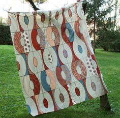 Found this quilt on Flickr - I love the design!