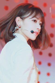 """© polyrhythm ◈ do not edit"" Yuri, Honda, Sakura Miyawaki, Japanese Girl Group, Body Poses, Korean Celebrities, Ulzzang Girl, K Idols, Pop Group"