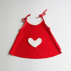 Artisan Unique handmade pieces for babies, children and mamas. Willow Pillow is handmade clothing and accessories dedicated to smaller ones and moms by a pair of hands. Projects To Try, Tunic, Pillows, Heart, Tops, Dresses, Products, Fashion, Vestidos