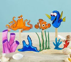 Freebie and Project: Dory Puppet Show Kids Craft