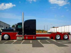 Wicked graphics ( plus long and low! Show Trucks, Big Rig Trucks, Old Trucks, Bagged Trucks, Peterbilt 379, Peterbilt Trucks, Custom Big Rigs, Custom Trucks, Truck Paint Jobs