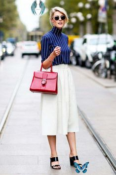 11 Work Outfits That Are Anything But Boring 11 Work Outfits That Are Anything But Boring via @WhoWhatWear<br> Get ready to be the most stylish girl at the office. Fashion Week Paris, Milan Fashion Week Street Style, Milano Fashion Week, Spring Fashion Trends, Fashion Weeks, Spring Trends, Fall Fashion, Street Style Chic, Street Style Shoes