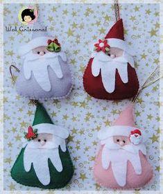 Un Cartamodello per cucire dei simpatici Babbo Natale in pannolenci da appendere all'albero.  L'autrice è Wal di WalArtesanal.