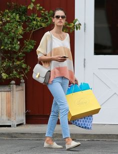 Alessandra Ambrosio Photos - Alessandra Ambrosio Goes Shopping in Brentwood - Zimbio