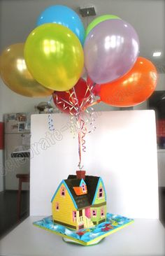 Celebrate with Cake!: Up House Cake    I really like the balloon idea . ..  cool for a house warming cake
