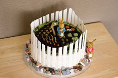 """This Adorable Peter Rabbit Cake is decorated to look like a garden from Beatrix Potter's book, """"The Tale of Peter Rabbit"""". Peter Rabbit Cake, Peter Rabbit Birthday, Peter Rabbit Party, Bunny Birthday, Birthday Cakes, Beautiful Cakes, Amazing Cakes, Beatrix Potter Cake, Cakes For Boys"""
