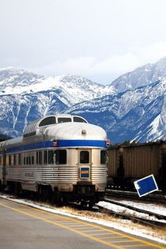 This Spectacular 4-Night Train Trip Across Canada Only Costs $397!