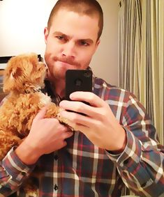 STEPHEN AMELL - OLIVER QUEEN - ARROW