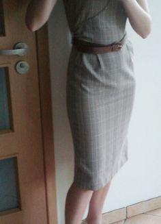 Kup mój przedmiot na #vintedpl http://www.vinted.pl/damska-odziez/inne/7671546-sukienka-w-bezowo-zlota-kratke-36-retro