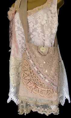 lace curtains for base, add crochet and liner to it from Paris Rags by evangeline Lace Purse, Shabby Chic Stil, Fru Fru, Lace Curtains, Creation Couture, Boho Bags, Linens And Lace, Sewing Patterns Free, Vintage Lace