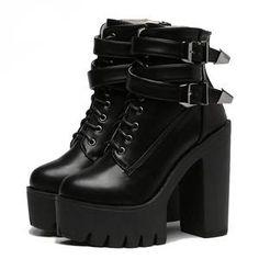 Falcon Chunky Heeled Boots