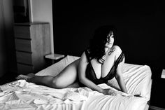 Curvy Models, Female Models, Deviantart Photography, Full Figured Women, Plus Size Beauty, Stunningly Beautiful, Black And White Pictures, Nude Photography, Female Form