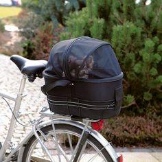 Transportväska+till+små+hundar+&+katter+att+fästa+på+cykelns+pakethållare.+Cykelväska+med+meshtak+&+koppelfäste+för+ökad+säkerhet.+Monteras+i+en+ställning+med+kardborre+&+kan+lätt+plockas+bort+för+att+användas+som+bärväska.+Trixie+Friends+On+Tour+Bicycle+Bag.