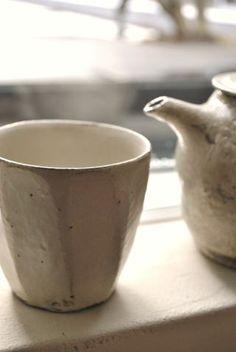馬場勝文「土マット釉切立カップ」の詳細ページです。