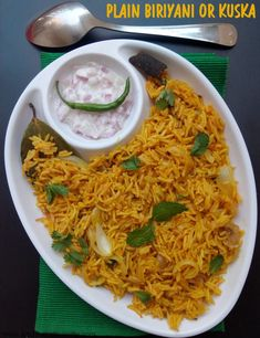 Kuska or Plain Biriyani recipe with step by step images. Kuska or Plain Biriyani has always been my favourite ever since I had it in my college canteens and during my friends' weddings. Plain Biryani Rice Recipe, Ghee Rice Recipe, Biryani Recipe, Easy Rice Recipes, Veg Recipes, Lunch Recipes, Indian Food Recipes, Healthy Recipes, Gujarati Recipes