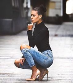 How to wear jeans with heels classy ideas Mode Outfits, Fall Outfits, Fashion Outfits, Womens Fashion, Fashion Trends, Fashion Heels, Luxury Fashion, Jeans With Heels, Sexy Jeans
