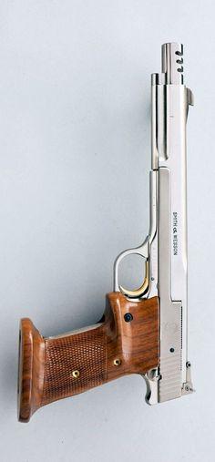 S&W Model 41 Target Pistol