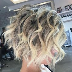 Blonde+Wavy+Ombre+Balayage+Bob Bob Hairstyles medium 30 Short Ombre Hair Options for Your Cropped Locks in 2019 Medium Hair Styles, Curly Hair Styles, Popular Short Haircuts, Thin Hair Cuts, Balayage Bob, Balayage Color, Short Curls, Short Curled Hair, Waves In Short Hair
