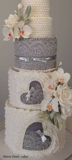 Wedding cake with orchids and roses