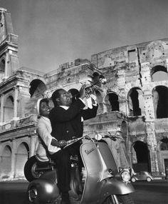 Louis Armstrong, Vespa Faro Basso, Rome.