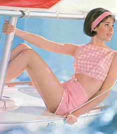 60sfashionandbeauty: Colleen Corby Seventeen 1964