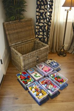 13 Kid-Friendly Living Room Ideas to Manage the Chaos - Spielzeug Ideen Creative Toy Storage, Kid Toy Storage, Living Room Toy Storage, Plastic Storage, Barbie Storage, Childrens Toy Storage, Toy Storage Solutions, Lego Storage, Plastic Bins