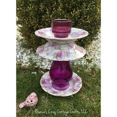 Garden whimsy, bird bath, bird feeder, garden totem, garden deco,... ($45) ❤ liked on Polyvore featuring home, outdoors, outdoor decor, outdoor yard decor, outdoor garden decor, whimsical garden decor, cupcake candles and garden patio decor