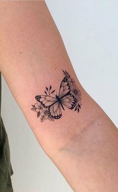 tattoos for girls are available on our site. Check it out and you will not be s… – evertattoo Tiny Tattoos For Girls, Cute Tiny Tattoos, Dainty Tattoos, Girly Tattoos, Pretty Tattoos, Tattoos For Women Small, Small Tattoos, Tatoos, Random Tattoos