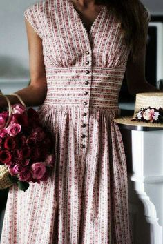 gal meets glam dress - Dress Up - Glam Dresses, Vintage Dresses, Vintage Outfits, Vintage Fashion, Maxi Dresses, Vintage Hair, Vintage Pink, 1900s Fashion, Vintage Shoes