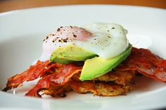More eggs with avocado and bacon. I like it! Could still even do the potato cakes with some other veggie. Pepper? Carrot? Eggplant? Yum.