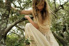 Cream and lace. In a tree.    /// Photography Credit: Isabella Connelley  http://www.flickr.com/photos/izzysphotos123/