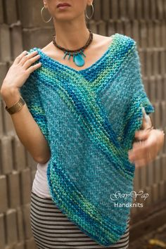 Hand knitted merino wool/ mohair womens poncho turquoise blue color/sweater Hand knitted merino wool/ mohair womens poncho turquoise blue color/sweater Always wanted to be able to knit, neverthele. Winter Poncho, Crochet Poncho, Knitted Poncho, Crochet Vests, Crochet Edgings, Crochet Motif, Poncho Knitting Patterns, Knit Patterns, Hand Knitting