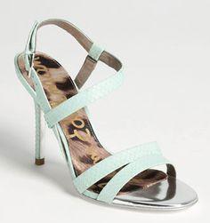 light #green snake sandals http://rstyle.me/n/jk7wrpdpe