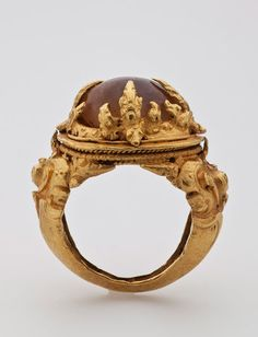 Ring. Java, Central Javanese Period, 9th century. Solid cast and repoussé gold.