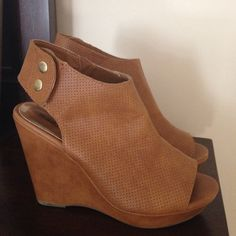 Madden Girl wedges. Madden Girl Wedges. Camel colored. In good used condition. Added a pic of some scuffs on the heel but otherwise in great shape. Cool shoes!!! Madden Girl Shoes Wedges