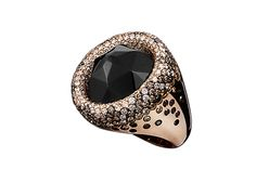 Crivelli collection ring by Ibis Gioielli