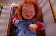 Child's Play 2 Chucky with a knife Horror Icons, Horror Films, Jack's Back, Horror Villains, Childs Play Chucky, Hopsin, Funny Horror, Slasher Movies, Best Horrors