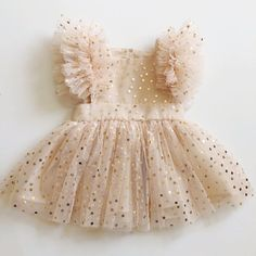 Sadie Then Ty — {SAMPLE SALE} the tiffany pinafore gold confetti dot {sepia} Baby Girl Party Dresses, Cute Baby Girl Outfits, Dresses Kids Girl, Cute Baby Clothes, Kids Outfits, Baby Dress Tutorials, Baby Girl Dress Patterns, Baby Dress Design, Princess Dress Kids