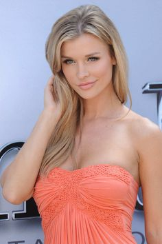 Joanna Krupa - She is amazing! Perfect body, long legs, beautiful light colored eyes ;) PERFECT!