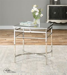 Fedro, Accent Table
