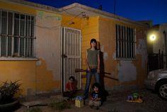 De la serie Mexicanos al grito de guerra, Bety, 2010 ©Karina Villalobos