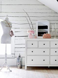 Rustic elegance featuring a HEMNES 8-drawer dresser