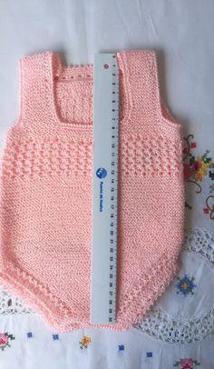 "BODY DE TIRANTES DE HILO ROSA DE PRIMERA POSTURA Material Hilo rosa bebé 100% acrílico Lanas STOP ""Perlé-5"" (color 36, tintada..."