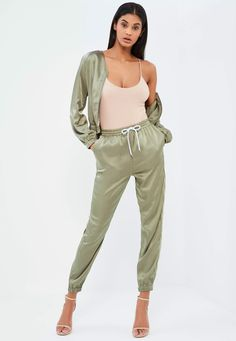 Take it to the streets and get the sports luxe look in these seriously satin joggers with drawstring waist.