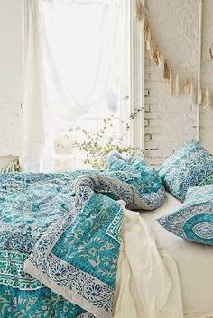 Boho chic bedding | Image via phukiengiare.com