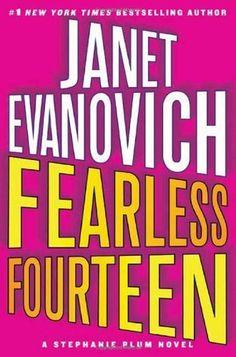 Fearless Fourteen (14 Stephanie Plum) by Janet Evanovich