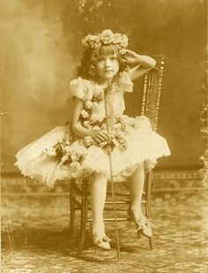 Little Gladys (Mary Pickford) when she first started in theater productions (1900s).
